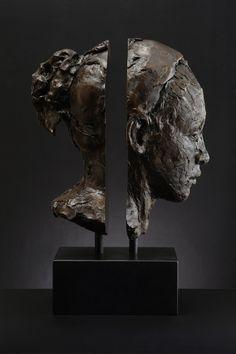 Lionel Smit - Mind the Gap, Bronze 60cm