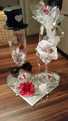 Wedding - glass ideas - Wedding Wedding The post wedding appeared first on Glas ideen. Hairstyles For Long Hair Easy, Best Wedding Gifts, Valentines Day Decorations, Valentine's Day Diy, Yellow Roses, Wedding Favors, Gift Wedding, Wedding Ideas, Valentine Gifts