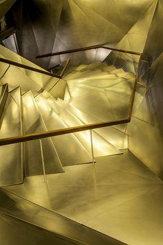 Escalera CaixaForum (Madrid)