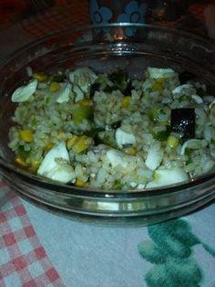 Insalata+di+riso+integrale,+zucchine,+mais+e+mozzarella+home-made