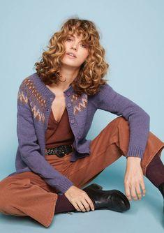 Nr 9 Nord damekofte pattern by Sandnes Garn Cardigan Design, Warm Socks, New Perspective, Nudes, Knitting Patterns, Pullover, Wool, Celebrities, Sweaters