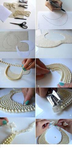 İstediğiniz renk ve şekillerde çok şık bir kolyeye sahip olabilirsiniz.Size gerekli olan boncuk,biraz kumaş,keçe ve yapıştırıcı.Hadi bakalım kolay gelsin..