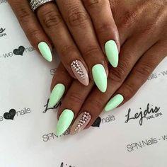 """""""SPN UV LaQ: 580 Fedora , 502 My wedding dress + 529 Maledives relax Nails by Alesia, Salon Lejdis, SPN Team Zielona Góra ❤ #spnnails #UVLaQ #GelLaQ #uvgel…"""""""