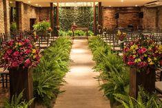 Church Wedding Decorations Aisle, Wedding Ceremony Decorations, Tropical Wedding Decor, Exotic Wedding, Royal Wedding Guests Outfits, Fern Wedding, Large Flower Arrangements, Modern Minimalist Wedding, Weddings