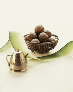 ... Rum Balls - Recipe for Low-Carb Chocolate Bourbon or Rum Balls