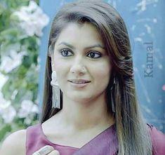 I Dont Need Anyone, Sriti Jha, Black Hair With Highlights, Kumkum Bhagya, Tv Actors, I'm Happy, India Beauty, Desi, Bollywood