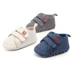 Pantofi pentru bebelusi sau copii mici, cu talpa moale anti alunecare, premergatori