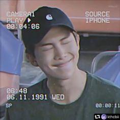 Foto Bts, Bts Photo, Bts Jin, Bts Jungkook, Bts Memes, Kim Namjoon, Bts Rap Monster, Bts Funny Videos, Bts Playlist