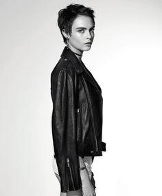 2017 > Cara Delevingne para Dior