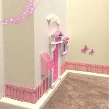 Pink Glitter Opening Fairy Door with pink fences, mailbox and window - Decoration For Home Opening Fairy Doors, Diy Fairy Door, Tooth Fairy Doors, Unicorn Bedroom Decor, Garden Bedroom, Little Girl Rooms, Pink Glitter, Glitter Paint, Girls Bedroom