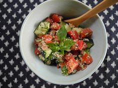 The whole table | Ensalada de pepino con hemp seed