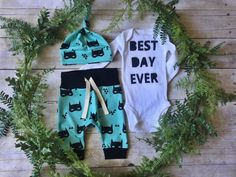 Items similar to Newborn Boy Take Home Outfit / Newborn Boy Coming Home Outfit / Newborn Superhero Mask Outfit // Mask Clothing Set // Preemie Clothes Boy // on Etsy Coming Home Outfit Boy, Take Home Outfit, Preemie Clothes, Best Day Ever, Outfit Sets, Boy Outfits, Kids Fashion, Promotion Ideas, Etsy Seller