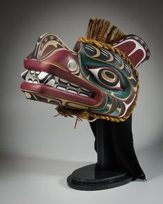 Grizzly Bear Headdress by Tom D. Hunt, Kwakwaka'wakw artist (W130704)