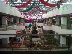 Christmas Decoration 2012 - Holguines Trade Center (7)
