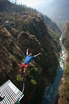 Nepal, the 160 meter high bungee jump.