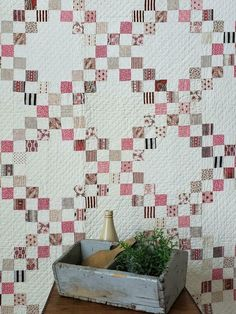 Pink Quilts, Old Quilts, Antique Quilts, Jellyroll Quilts, Scrappy Quilts, Vintage Quilts Patterns, Quilt Patterns, Quilting Projects, Quilting Designs