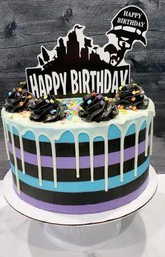 Teen Boy Birthday Cake, Birthday Drip Cake, 12th Birthday Cake, Birthday Cakes For Women, Birthday Cake Decorating, Cake Decorating Tips, Walking Dead Birthday Cake, Birthday Ideas, Teen Boy Cakes