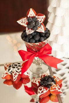 A very BERRY Christmas! #holidayentertaining #party