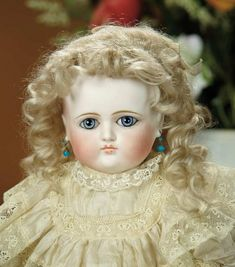 Bread and Roses - Auction - July 26, 2016: 346 Beautiful French Bisque Bebe by Petit et Dumoutier with Splendid Eyes