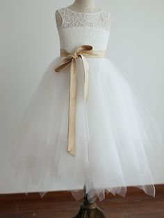 Princess Ivory Tea-length Flower Girl Dress - Lace/Tulle Sleeveless - USD $ 54.99