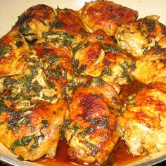 Garlic Chicken with Mint and Wine