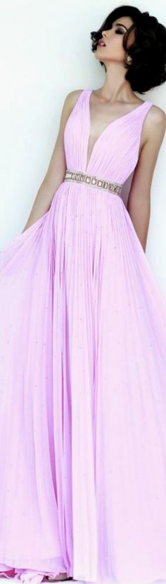 Sherri Hill Spring 2015. So gorgeous, but it needs to be in a different color. Light blue, mint, lavender maybe?