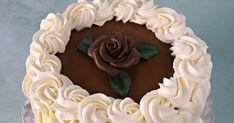 Tämän kakun ideana oli agar-agar-jauheen käyttämisen ja kermapursottamisen kokeilu tulevia kakkutilauksia varten. Agar-agar osoittautuikin ... Agar, Cake, Desserts, Food, Tailgate Desserts, Deserts, Kuchen, Essen, Postres
