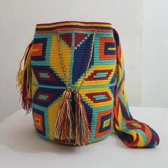 In stock mid of June ของเข้ากลางเดือน มิ.ย. ค่ะ ✈️ Line: nich_nach #รีบจองนะคะ #มาไวไปไว #wayuubags #wayuuinspiredbag #mochila #wayuu #holidaypatterns #sbn #siambrandname