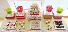 Dessert tables, Christmas, Christmas sweets, Christmas cookies, sweets, desserts, candy, cake, cookies, sugar cookies, dyi, party ideas, party decor, holiday