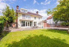 Groot familiehuis 10p 6 slaapkamers in Vlissingen, vlakbij stad en strand. - Get $25 credit with Airbnb if you sign up with this link http://www.airbnb.com/c/groberts22
