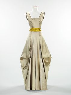 Amazing drape on an evening dress by Charles James c. 1945, Brooklyn Museum Costume Collection at The Metropolitan Museum of Art.