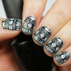 """So much love for this amazing mani!!!!! ❤ """"#12docc Christmas sweater   One of my favorite themes! And this was actually my other idea for the movie prompt. It's still before Christmas so doing The…"""""""