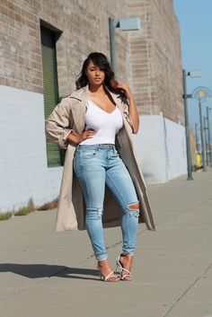 Maurie and Eve trench coat x Ripped denim | beyondherreality.com