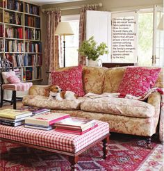 George Smith sofa, Bennison print...lovely!  I could spend happy time on that sofa, surrounded by books.