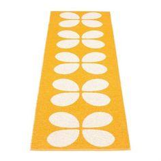 Pappelina: Aki Kunststoffteppich in der Farbstellung hellorange/vanilleweiß