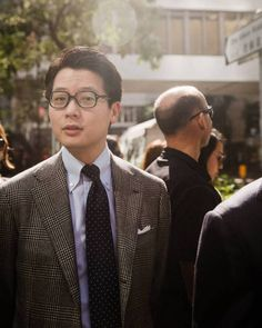 in this season's Grey POW sports jacket in our house AMJ model. (at The Armoury Hong Kong) Ivy Style, Men's Style, La Mode Masculine, Glen Plaid, Knit Tie, Gingham Shirt, Cotton Suit, Business Look, Plaid Jacket