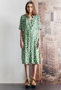 SHIRT-DRESS MARTA NUT BIRCH GREEN in the group All items / Dresses at Rodebjer Form AB (1300187507)