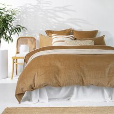 Our Winter Collection is now live! Shop the beautiful range of styles with free shipping on all orders over $75.  Bedroom Inspo, Home Bedroom, Bedroom Ideas, King Beds, Queen Beds, Queen Bed Quilts, Woven Cotton, Cotton Fabric, Teen Girl Rooms