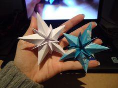 http://flavia-sera.blogspot.com.es/2011/12/papiroflexia-navidena.html