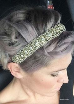 short hairstyle for wedding Updo With Headband, Headbands For Short Hair, Short Hair Bun, Short Hair Styles Easy, Short Wedding Hair, Headband Hairstyles, Wedding Updo, Thin Hair, Elegant Hairstyles