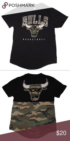 83314e7545346 MIAMI BULLS CAMO BASKETBALL T-SHIRT Great Condition Comment with any  questions! Also feel free to make offers!  all photos of items  professionally shot by ...
