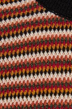 Imagem 8 de SWEATER COM RISCAS COLORIDAS da Zara Burberry Men, Gucci Men, Watches For Men, Men's Watches, Zara Man, Calvin Klein Men, Audemars Piguet, Knitted Fabric, Loafers Men