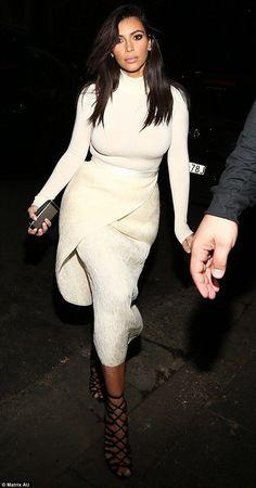 ✦⊱ɛʂɬཞɛƖƖą⊰✦... - Kim Kardashian Style