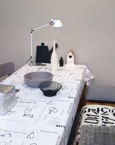 Tablecloth OZ 8004 - http://onszelf.com/product/tablecloth-oz8004/