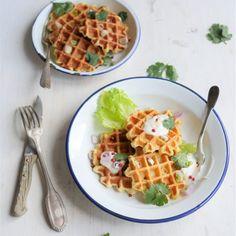 Des gaufres salées croustillantes et délicieuses pour un déjeuner original et savoureux.