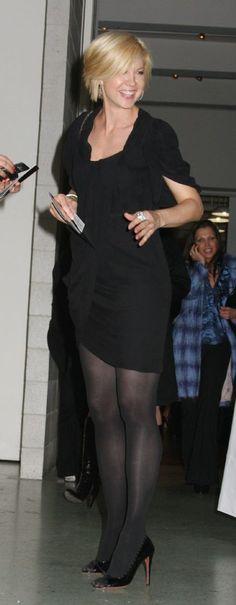 Who is Jenna Elfman dating? Jenna Elfman boyfriend, husband