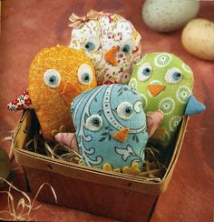 tiny fabric chicks tutorial....just in time for spring