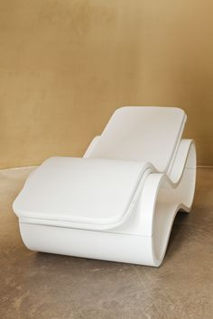 White Mamba Chaise Longue is perfect not just for the outside but ...