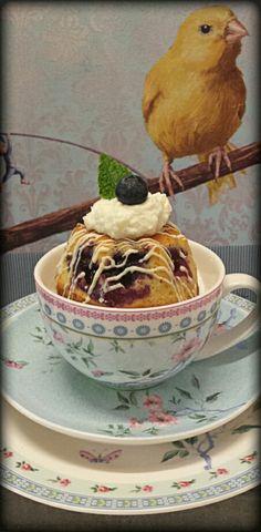 Heidelbeer-Joghurt-Gugle  Cake Design by Back Bienchen