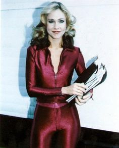 HOT Celebrity pics and photos, desktop wallpapers and celebrities gossip and screen savers and videos Erin Gray, Buck Rodgers, 80 Tv Shows, Sci Fi Tv, Amanda Bynes, Farrah Fawcett, Female Actresses, Comic Movies, Sexy Older Women